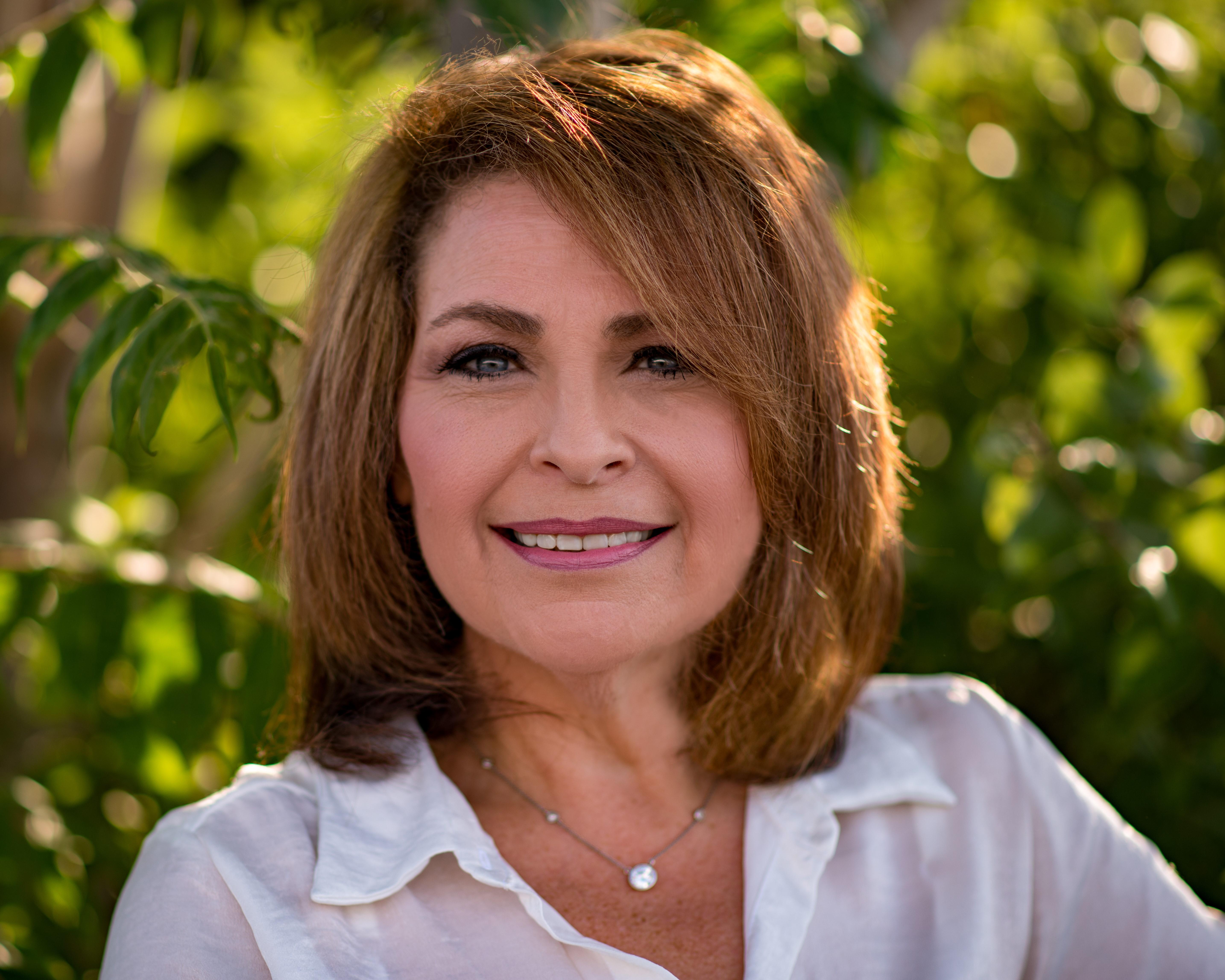 Gina Simone